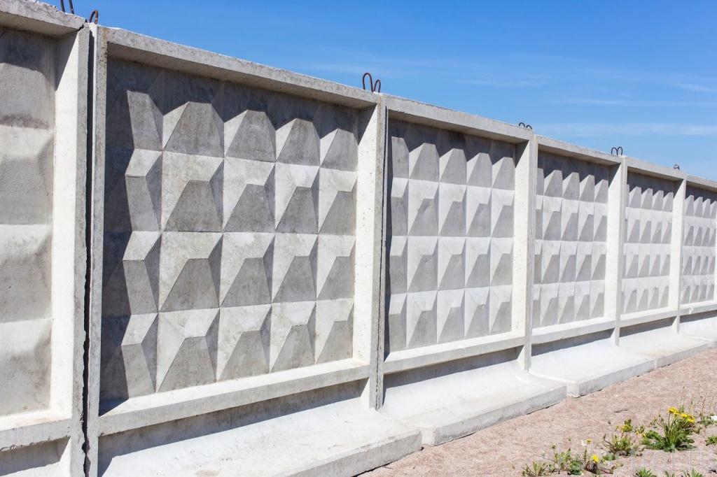Монтаж бетонных заборов